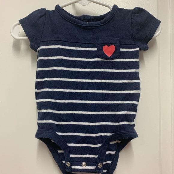 Carter's Other - Cute Carter's 3mo baby girl onesie